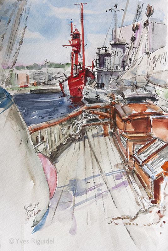 Alignement de trois bateaux du patrimoine maritime du Havre.